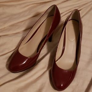Shoes - Nickels dress shoes